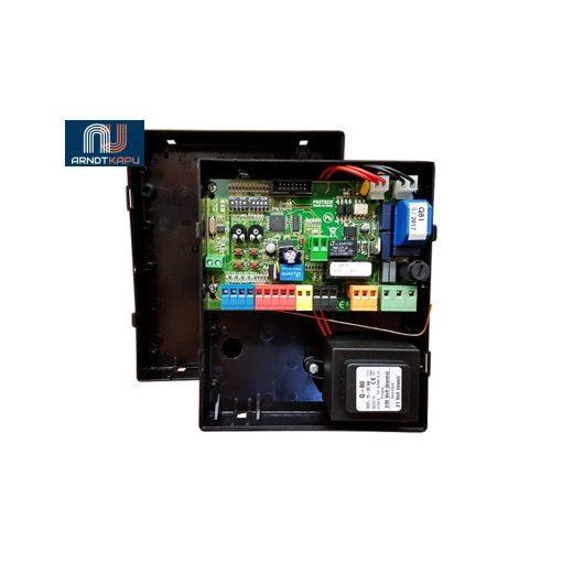 PROTECO vezérlés gördülő kapukhoz, 230 Vac, LED-es visszajelzések, automatikus vagy lépésről-lépés